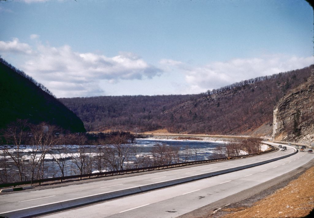1950_ish_delaware_water_gap_winter0525_sm-jpg