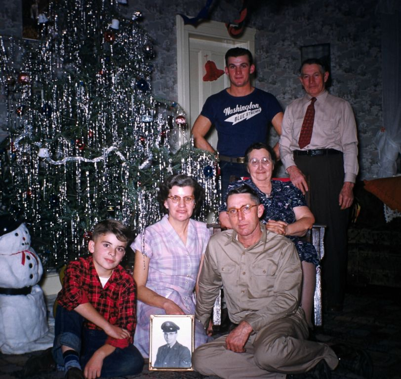1950s_echlin_by_xmas_tree_sm-jpg
