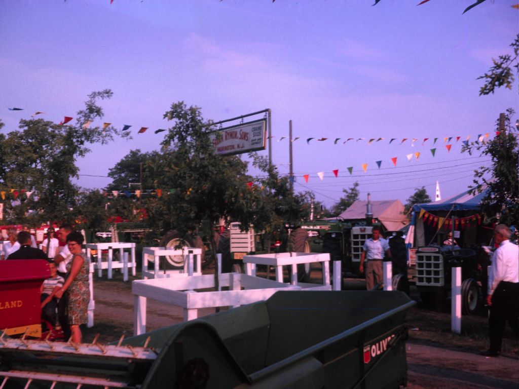 1950s_farm_and_fair-0038_sm-jpg