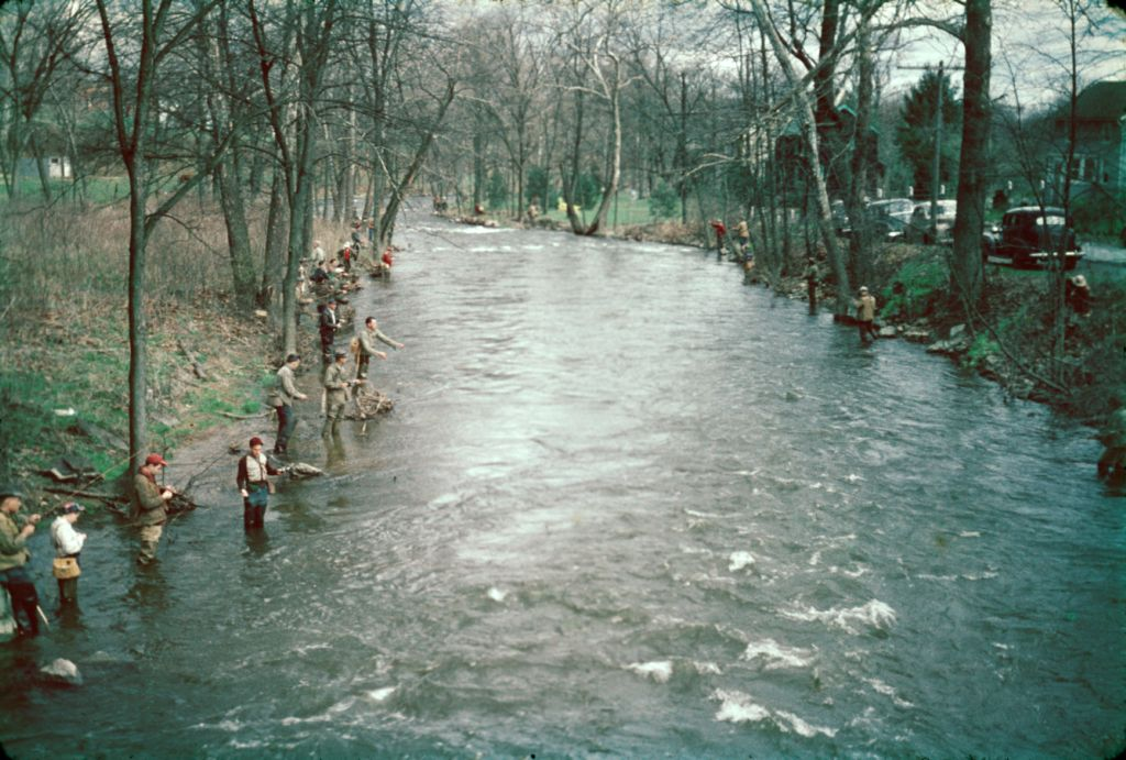 1950s_fishing_on_river0004_sm-jpg