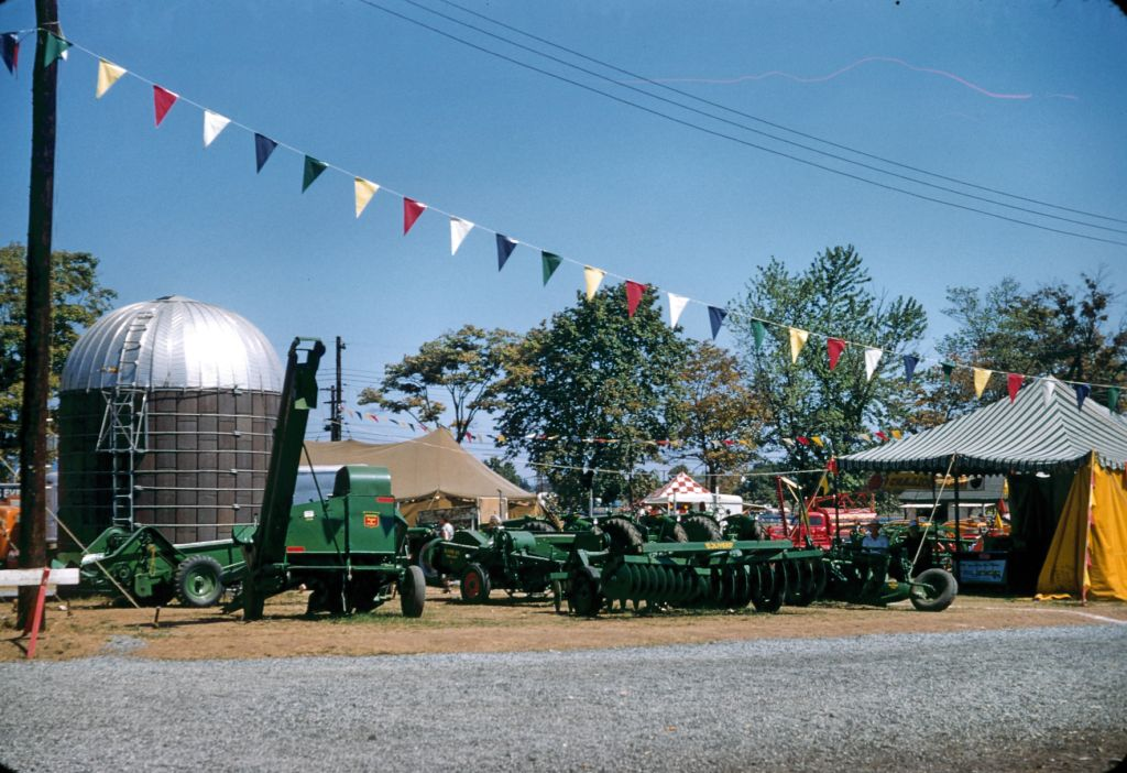 1950s_flemington_nj_fair0318_sm-jpg