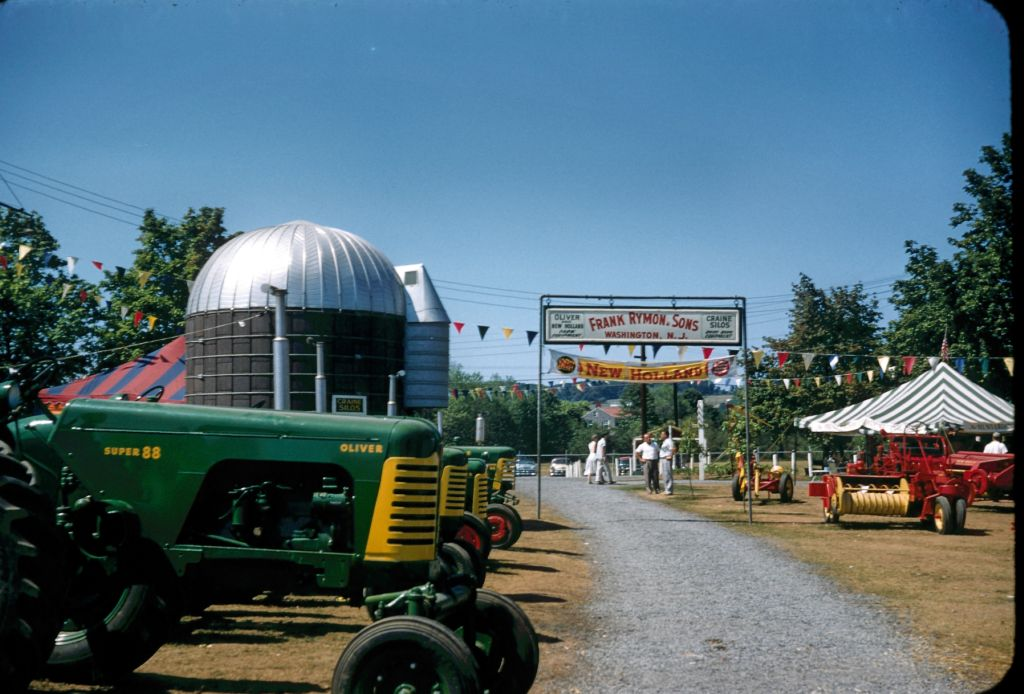 1950s_flemington_nj_fair0319_sm-jpg