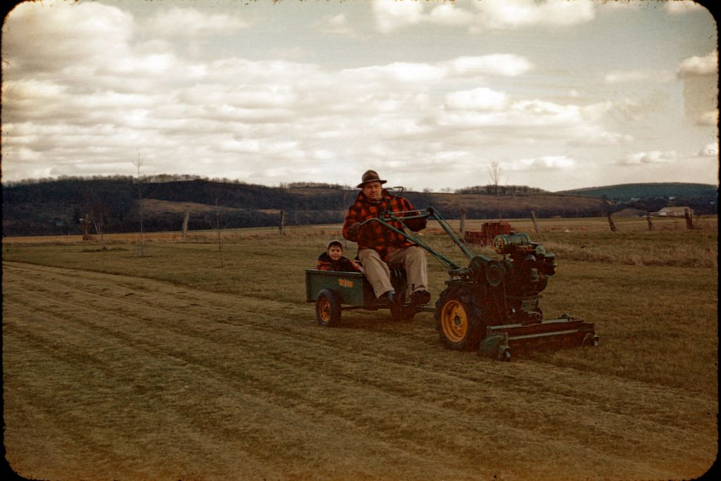 1950s_franklin_rymon_mowing_lawn0190_sm-jpg