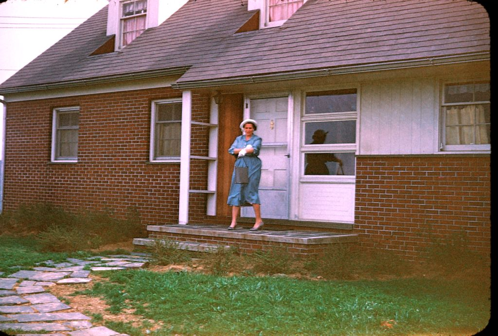 1954_or_5_franklin_and_belva_rymons_new_home0186_sm-jpg