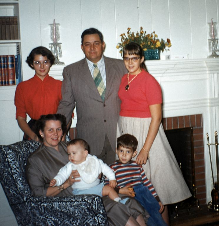 1955_family_in_living_room0021_sm-jpg