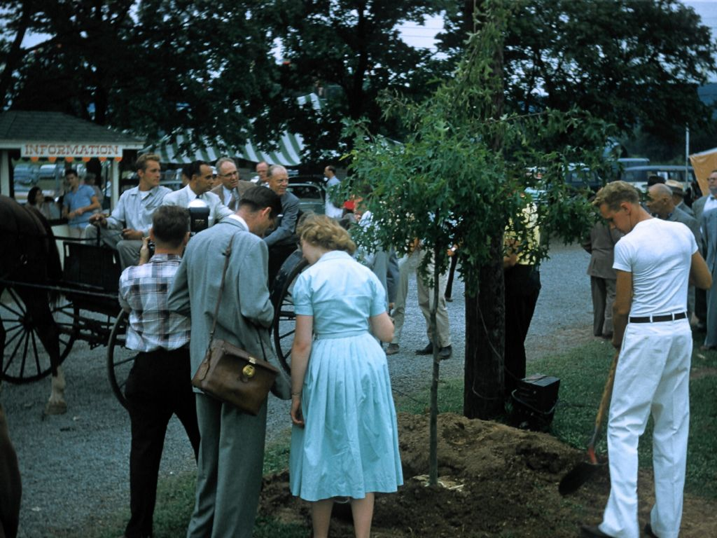 1958_farm_and_fair-0001_sm-jpg