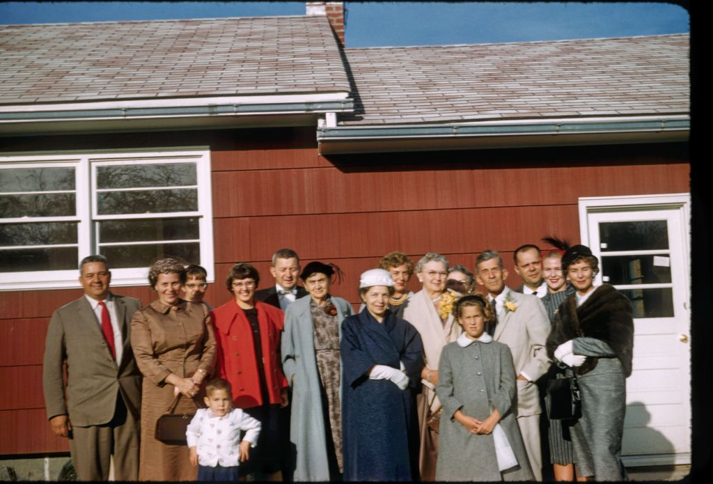 1958_geiger_girls_and_their_parents0279_sm-jpg