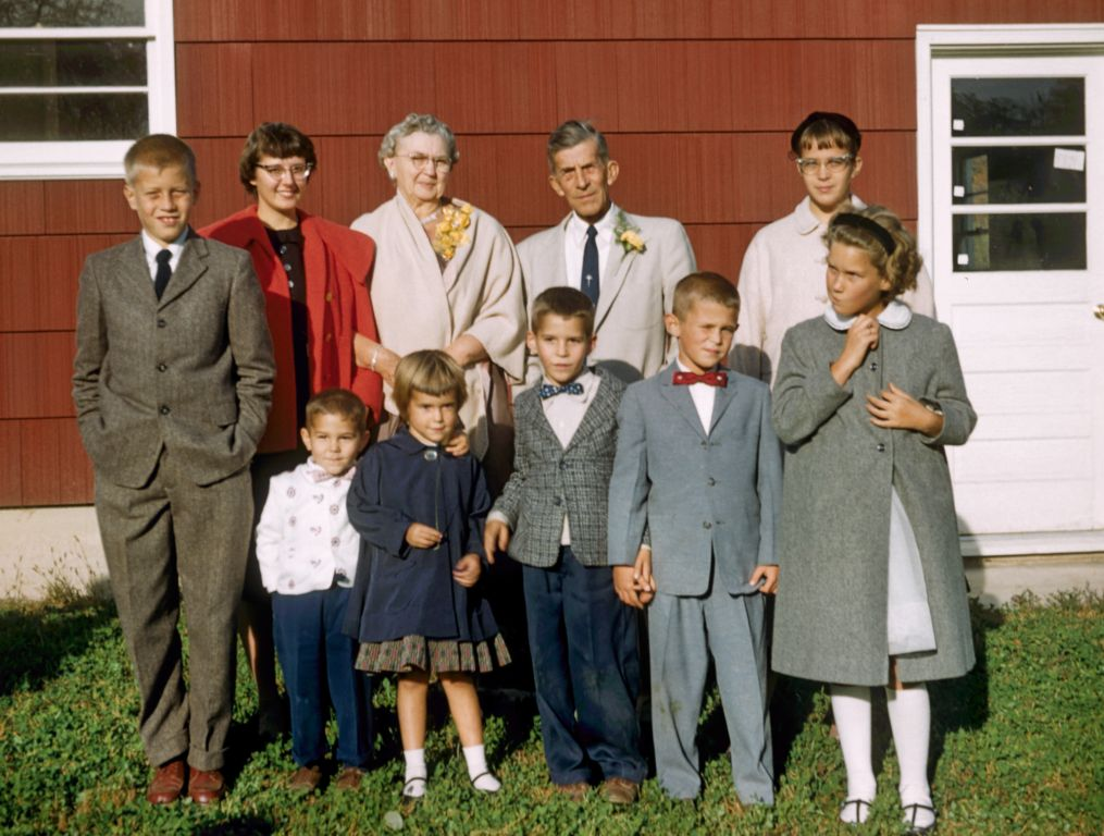 1958_geiger_grandparents_and_kids0277_sm-jpg