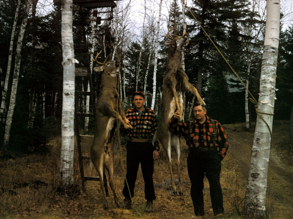 1958_jim_cox_and_franklin_rymon_with_deer_sm-jpg