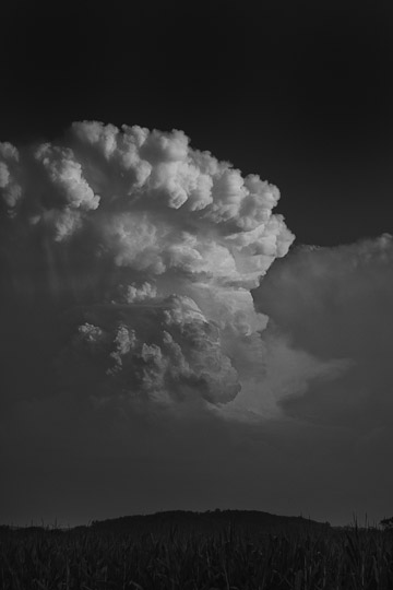 Aug 18, 2011 Thunderhead B&W