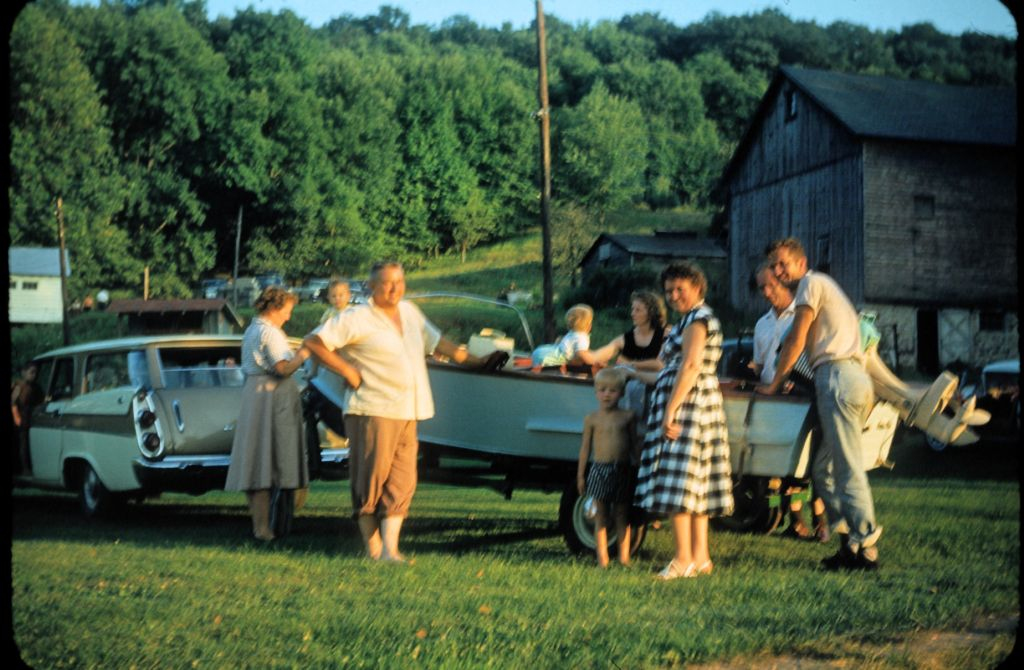 1959_getting_ready_for_boating0264_sm-jpg